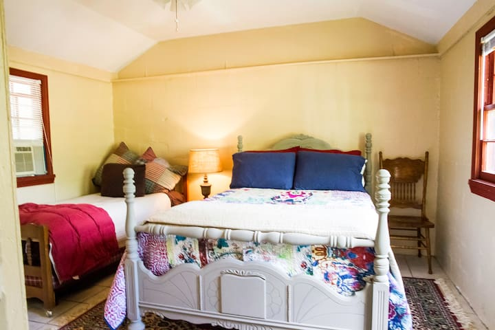 Full size bed with a daybed