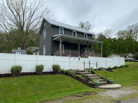 Ohiopyle's best AirBnb! 65% off monthly stays!