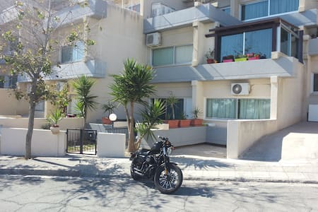 1 bed apartment, 2mins from Four Seasons beach - Agios Tychonas