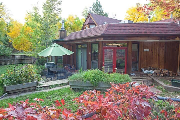 Furnished East Boulder Home