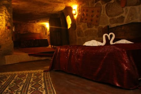 Accomodation in cave boutique hotels in Cappadocia - Güzelyurt - โรงแรมบูทีค