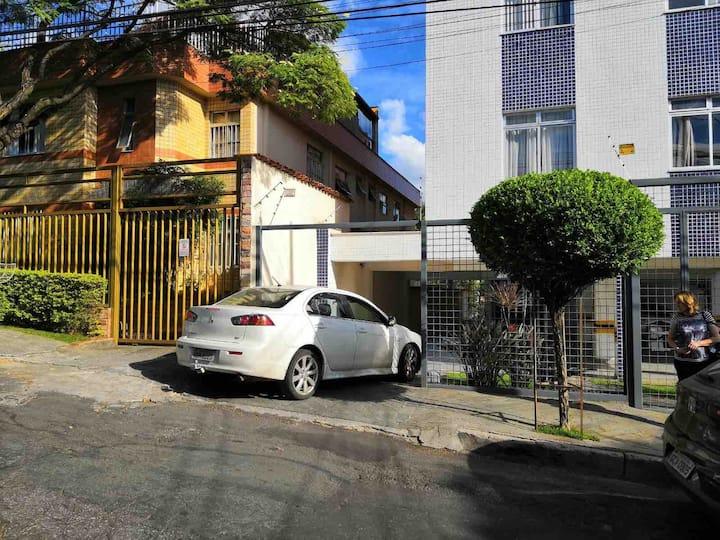 AP Lindo bem localizado! UFMG, Mineirão,Pampulha!