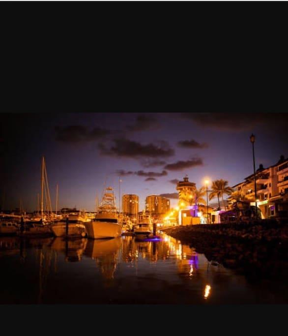 Marina a 5 min caminando con varios restaurantes