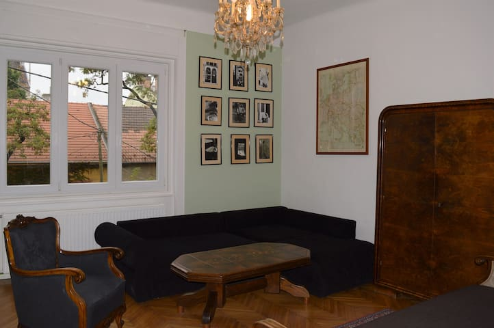 Buttonhouse - quiet apartment near the city - Budapeşte - Daire