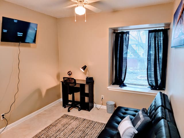 Relax - sit back and watch a movie on the Roku TV.  Sit quietly @ the work station looking out into the garden.