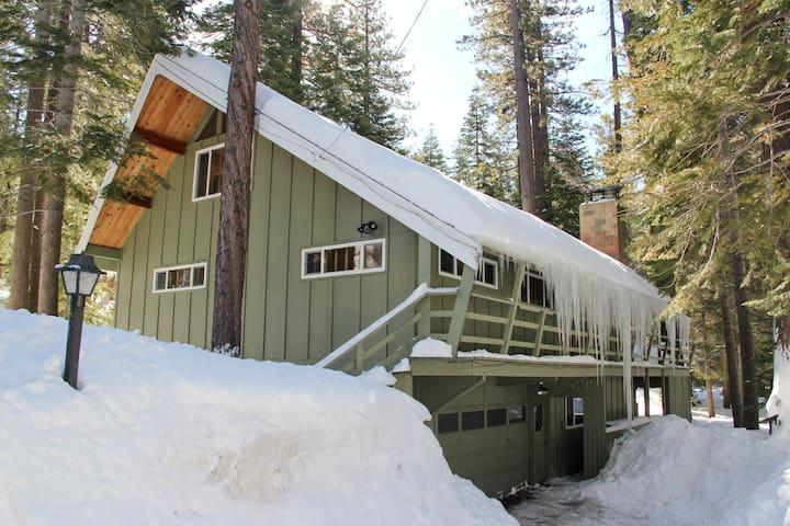 4BD Lodge Heavenly, Forest, Hot Tub - เซาท์เลคทาโฮ - บ้าน