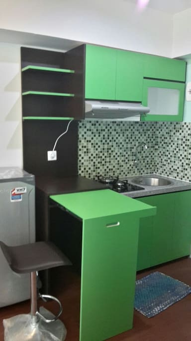 Kitchen set+Foldable dining table