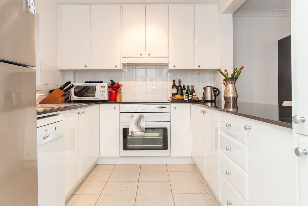 Dishwasher and double sink in kitchen