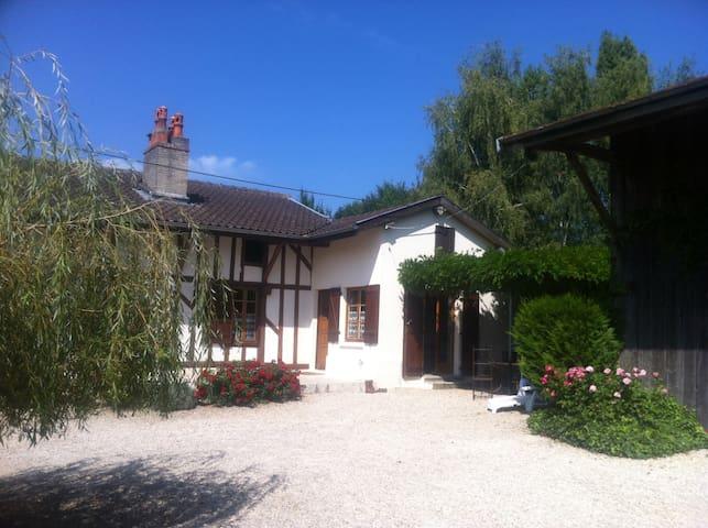 Jolie ferme rénovée en Champagne Lac du Der - Droyes
