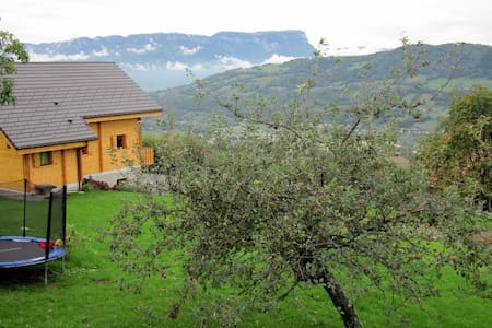 Seet home in the mountain - Presle