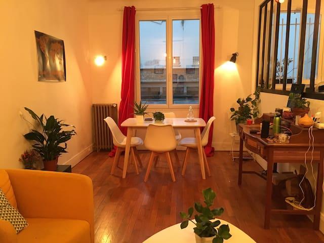 Joli appartement très cosy T2 42m2 dans le 20ème