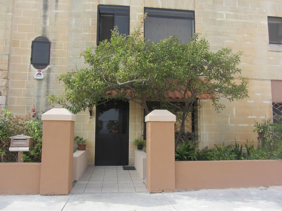 Rent Room In Pembroke Malta