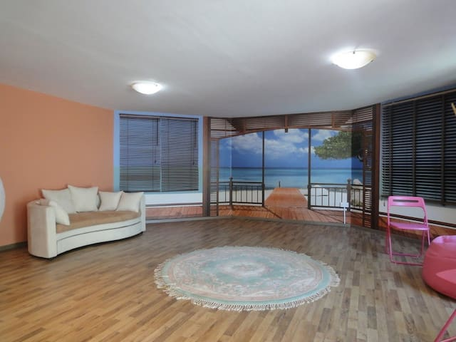 Romantic studio close to the beach. - Paphos - Apartamento