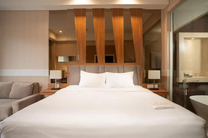 Spacious Suite Room @ Ciloto Puncak-Full Facilit