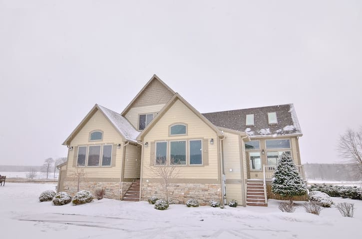 DOGS WELCOME! Lakefront Home w/Private Indoor Pool, Dock Slip, & Hot Tub!