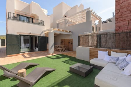 House with views and pool in Ibiza NR 2015016051