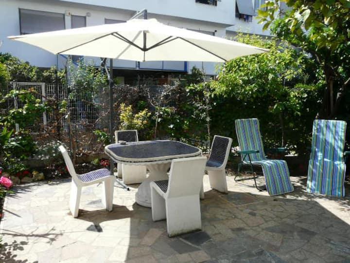 Modern studio with garden