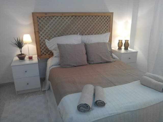 sunny room near the beach - Tarifa - Bed & Breakfast
