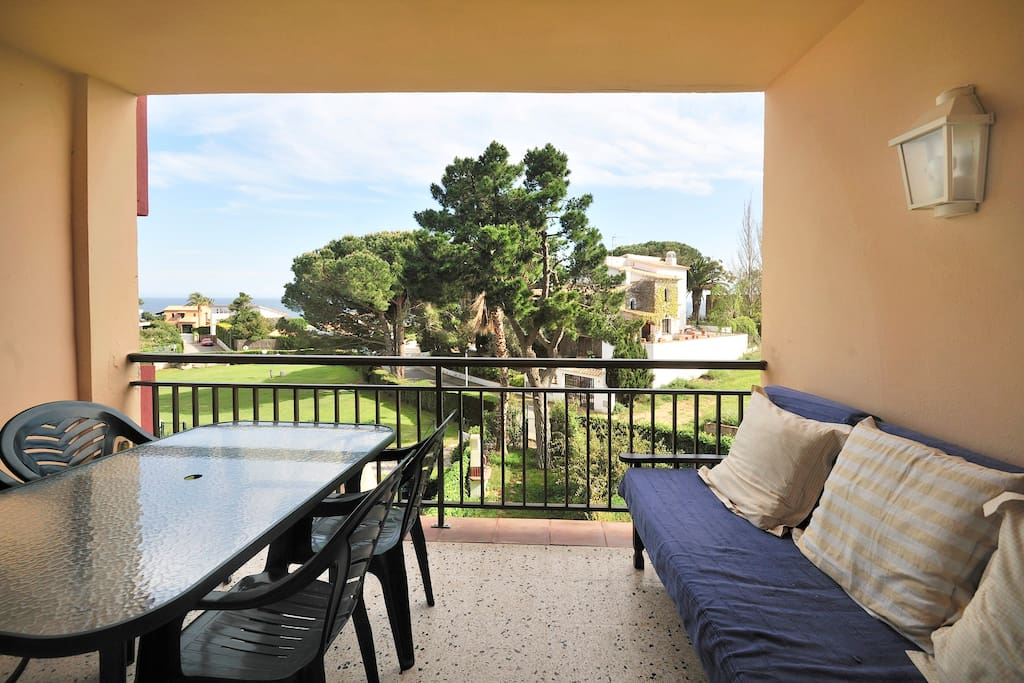 Spend Quiet Vacation Near The Sea Apartments For Rent In Palam S Catalunya Spain