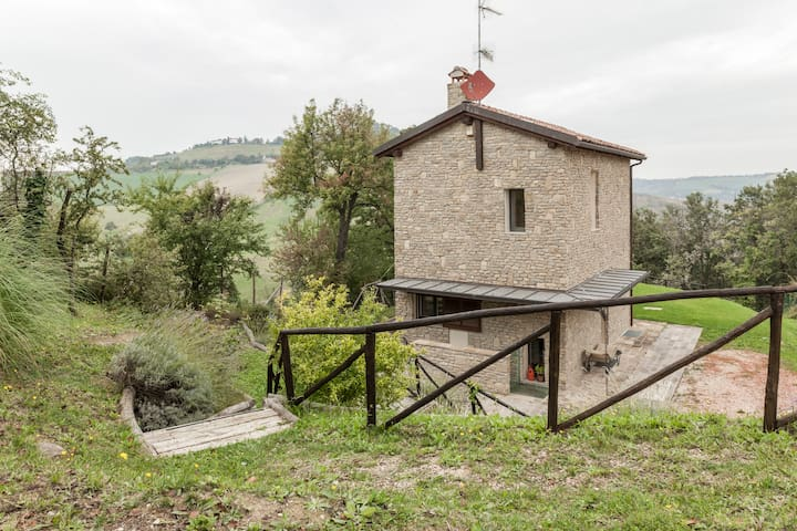 Detached house in the hills - Pianoro