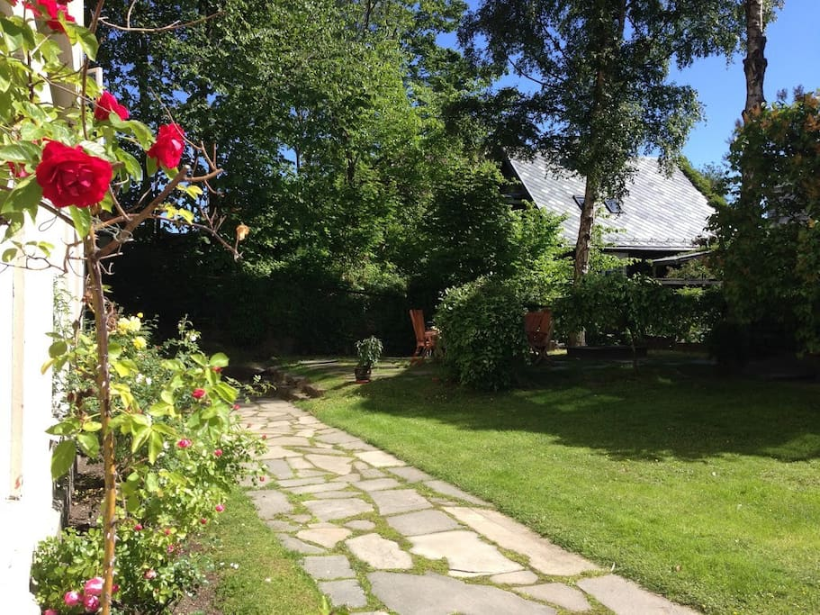 Garden is perfect for BBQ. Lot's of sunshine during the summer.