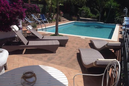 Cilento: Villa with swimming pool - Camerota