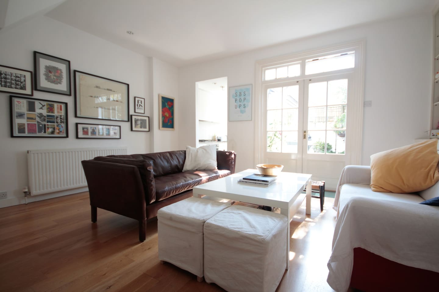 Relax in our bright living space, which opens directly onto our garden.