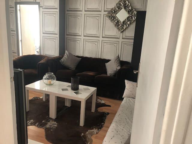 Appartement 2 pièces logement entier PARIS
