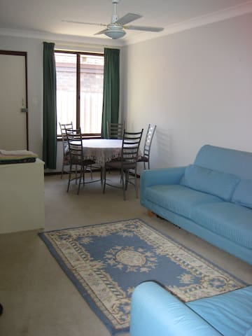 Garden Flat 1 week minimum stay - Balcatta - Flat