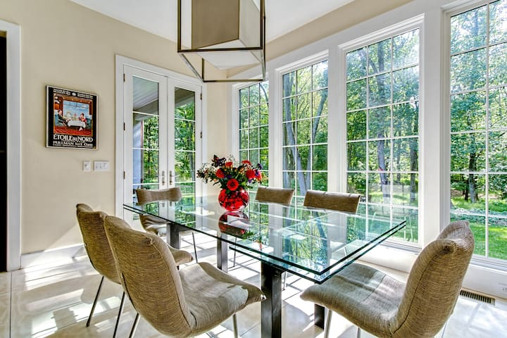 Scenic airy kitchen, with expandable table to accommodate 10-12