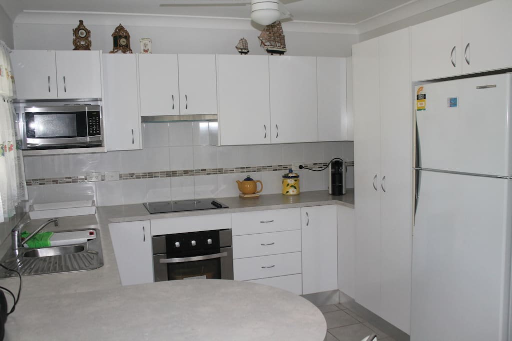 Modern Fully Equipped Kitchen and Pantry