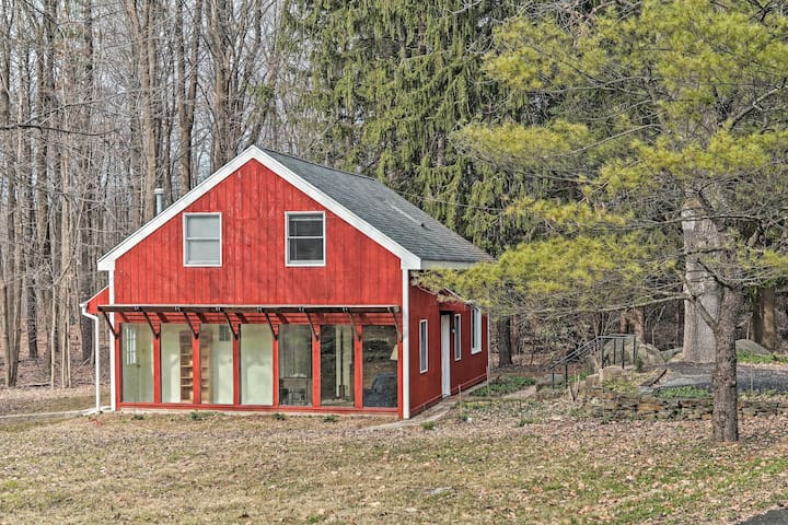 NEW! 55-Acre Country Cottage ~5 Mi to Nockamixon!