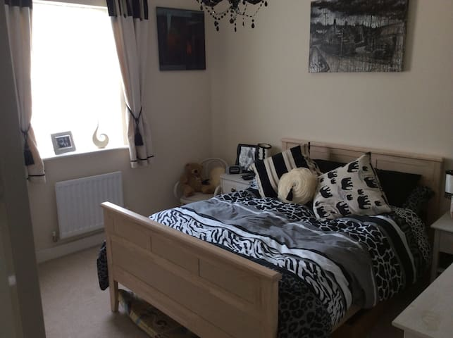 Comfortable double room and ensuite