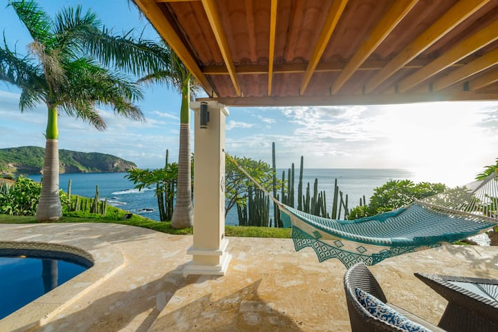 Jaw Dropping 5bdrm Home with Epic Point Setting