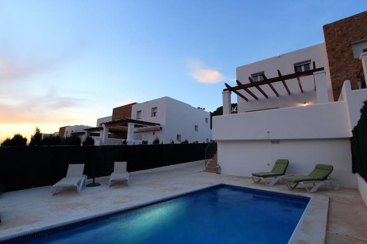 House in Cala Vadella whit pool! - Sant Josep de sa Talaia - Huis