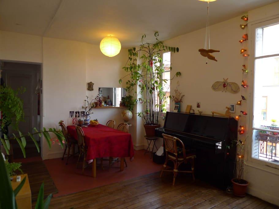 Le salon - salle à manger spacieux