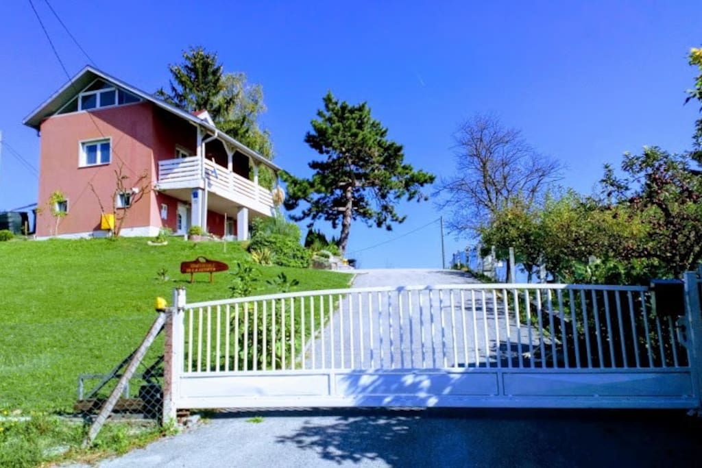 Green Hill Villa Renata