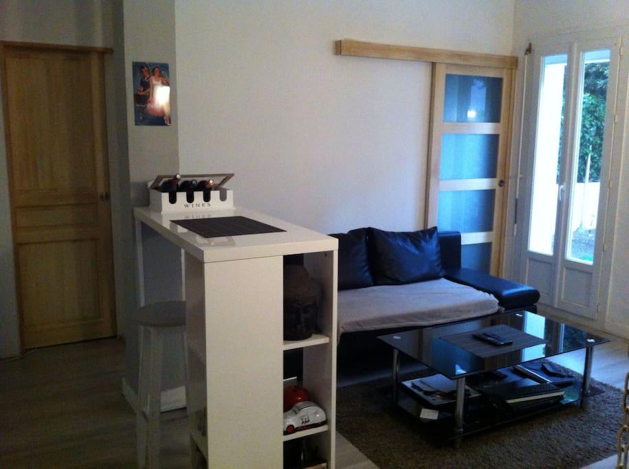 Beau t2 confort jardin et piscine apartments for rent for Beau jardin apartments reviews
