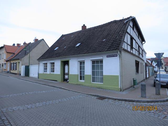 Ferienhaus für bis zu 8 Personen - Kröpelin - House