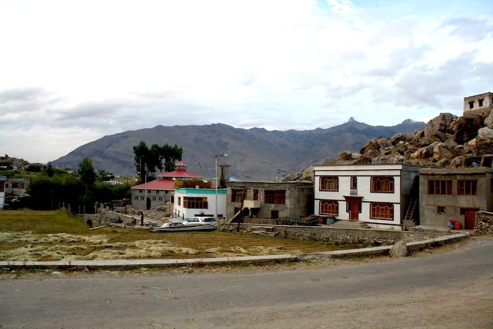 Warmth & Care in Ethereal Zanskar