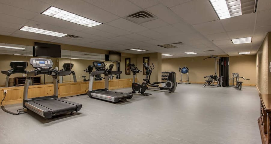 Fitness room with steam and sauna available year round