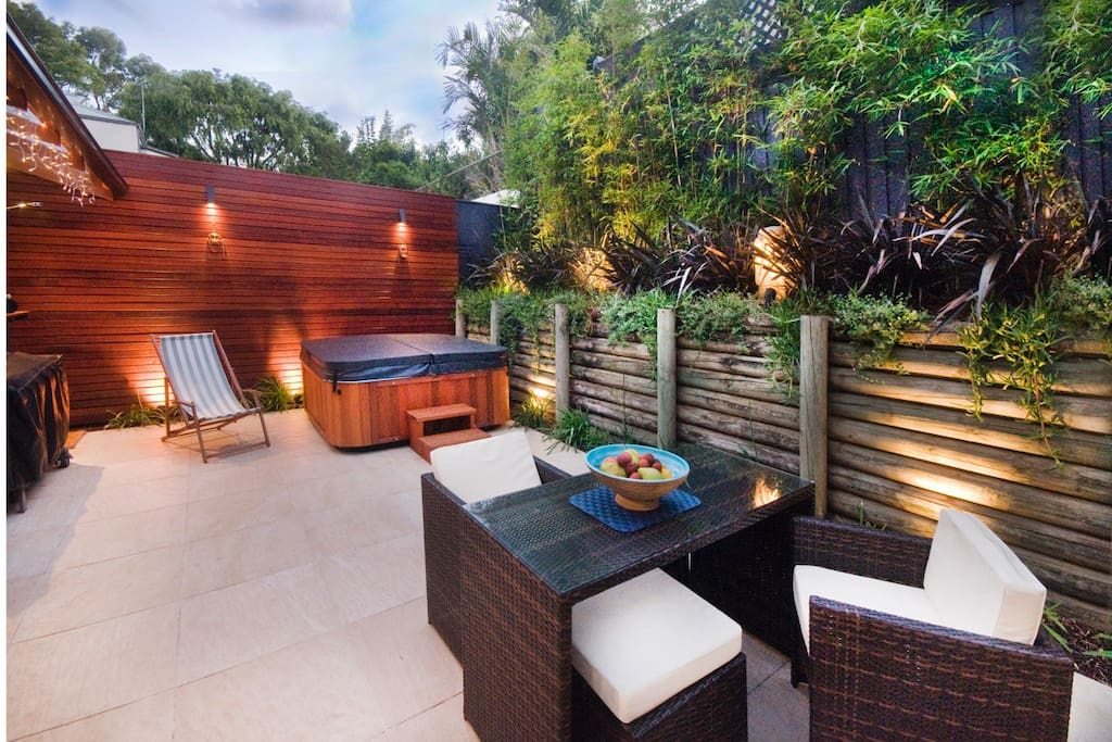 Private balinese garden & spa.