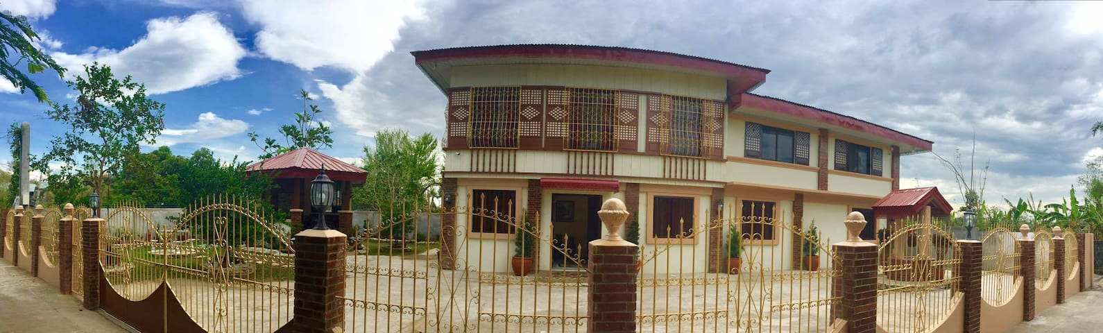 Jellijoh Place Vigan City is a heritage guesthouse - Vigan City