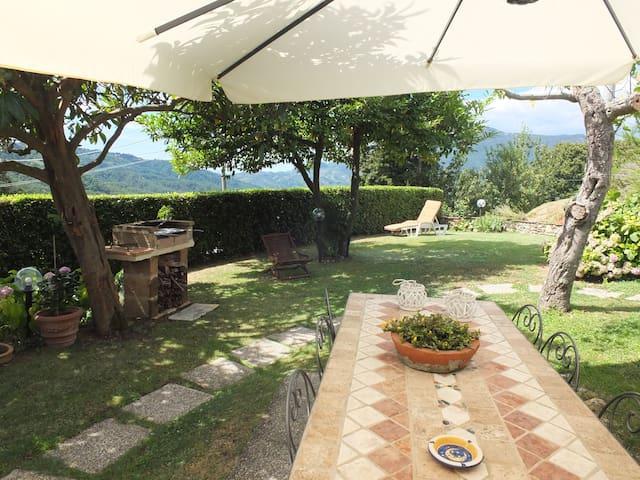 Casa Chiara per un soggiorno rilassante. - Camaiore - Maison