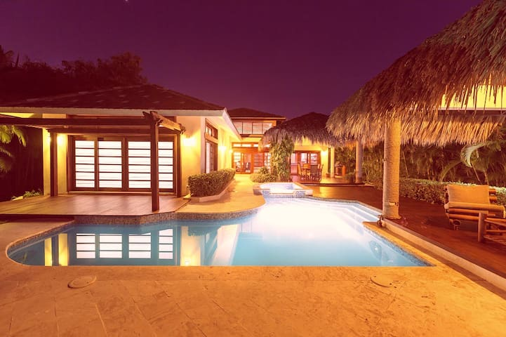 Caribbean Dream Villa, Maid services available - Punta Cana - Villa