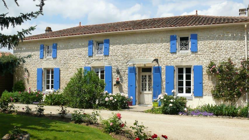 Le Clos de la Vigne en Sud-Vendée/Marais Poitevin - Montreuil - Bed & Breakfast