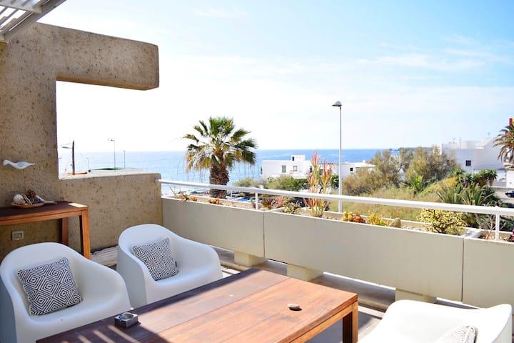 Apartamento vista mar - PORIS 3
