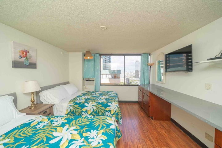 Joy House - fully remodeled studio suitable four