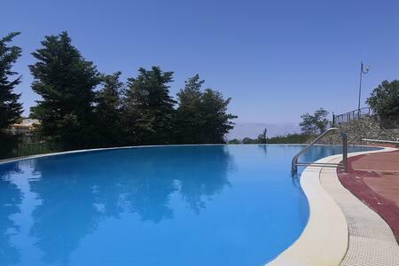 Villetta a schiera con piscina - S. Nicola Arcella