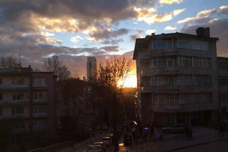 Room for rent in centre  of Ankara - Ankara  - Apartamento